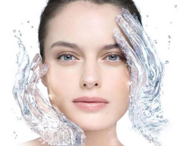 收緊眼睛周圍的皮膚這些方法非常有用