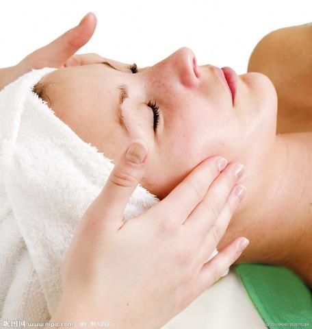 面膜能使女人的皮膚變白