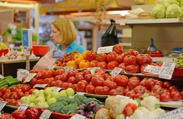 歐洲小眾古城號稱北方巴黎,連菜市場也是世界文化